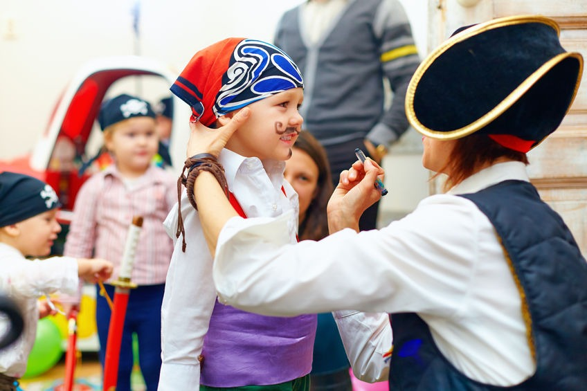 35 Parent Survival Tips to the Children's Gasparilla Parade in Downtown Tampa