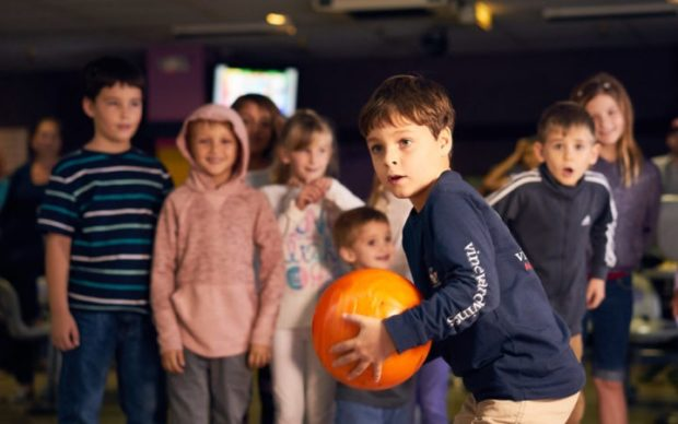 Free MOVE Youth Bowling Academy for Tampa Bay Kids at Pin Chasers Bowling Alley