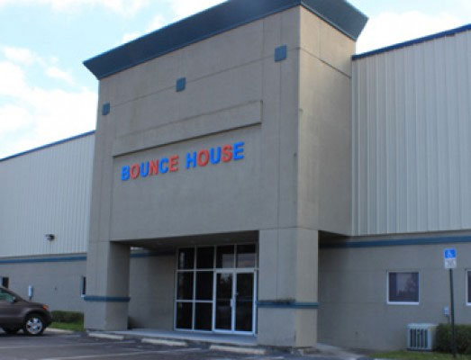 bounce house gallery 1 07 13 12 2