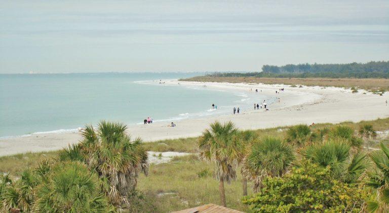 1200px La Plage ^1 Fort De Soto Park Tierra Verde Floride. ^1 beach   panoramio 768x420
